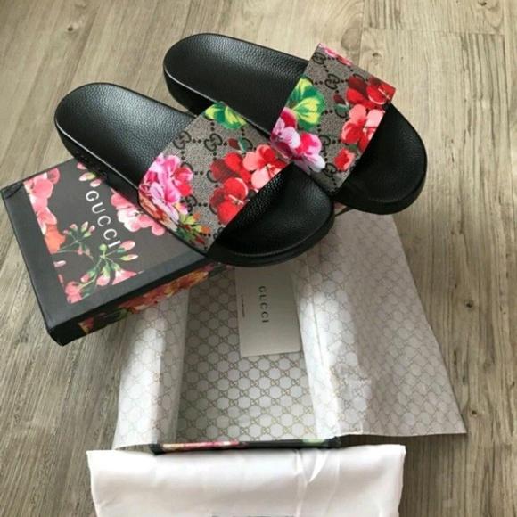 6ff0f6aaa1f Gucci Bloom Slides